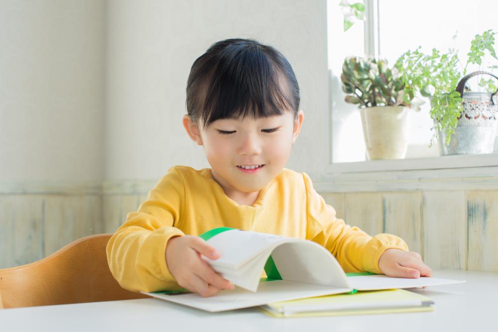 正確閱讀避免兒童近視